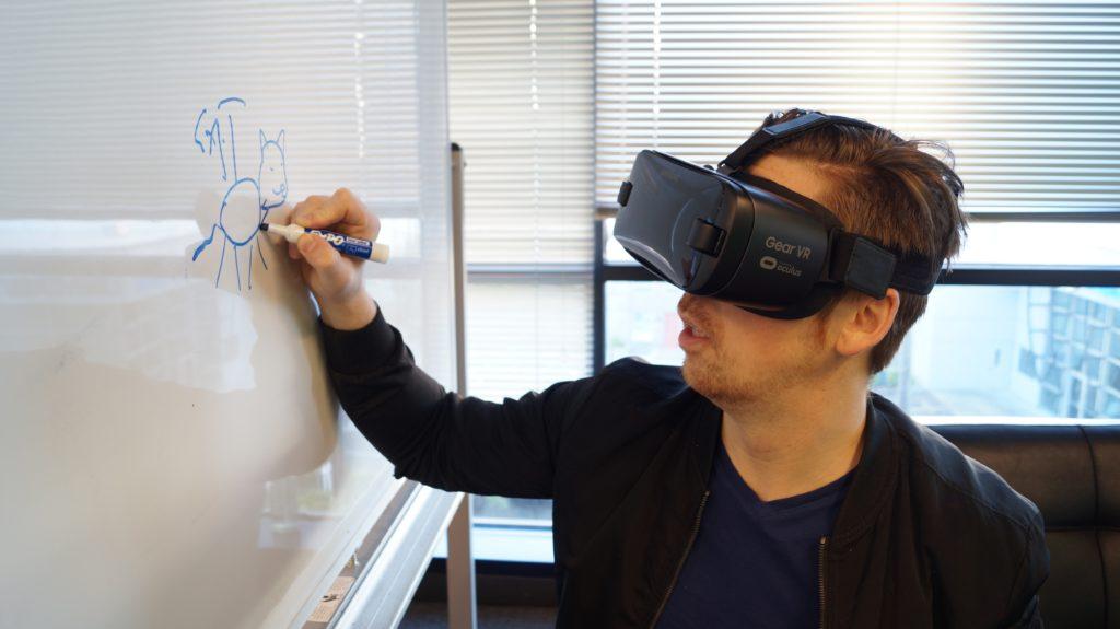 como utilizar los lentes de realidad vitual