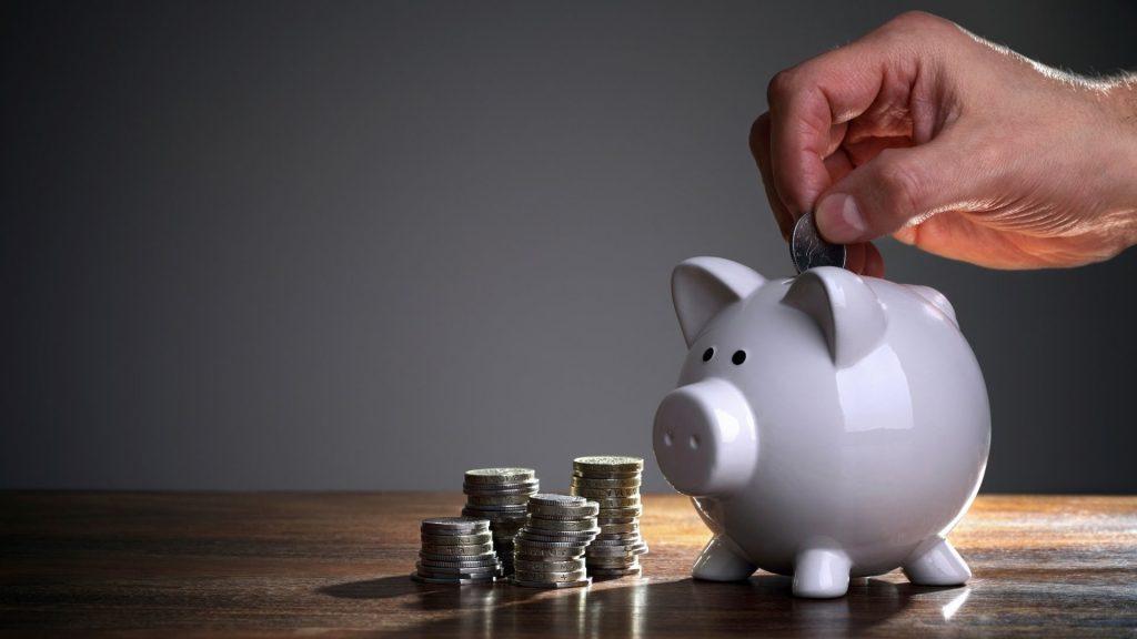 Insertando ingresos en la alcancía y aprendiendo a como ahorrar dinero rapido